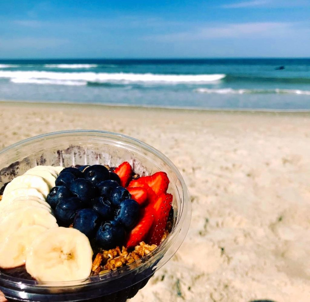 food and smoothies near Outer Banks Beach